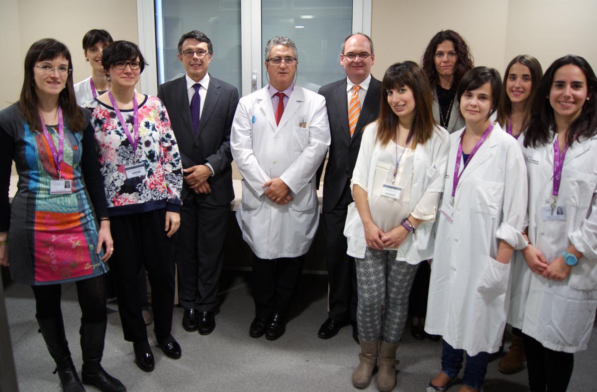 Personal sanitario participante en la investigación del nuevo fármaco Fuente: Parc Científic de Barcelona
