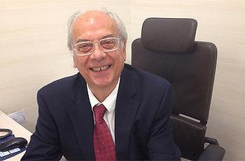 Doctor Albert Abad Fuente: Dr. Abad