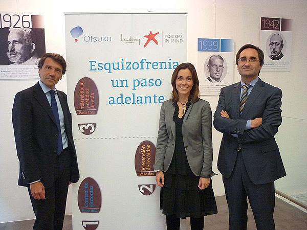 (De izq. a dcha): Dr. Celso Arango, Dña.Concha Caudevilla, directora general de Otsuka Pharmaceutical, S.A., y Dr. Benedicto Crespo-Facorro  Fuente: Cícero Comunicación