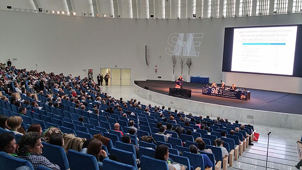 Un instante del congreso de SEH-LELHA 2015 Fuente: E. Arandes / www.farmacosalud.com