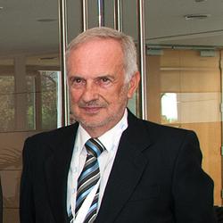 Doctor Juan F. Ascaso SED / Lauca Comunicación