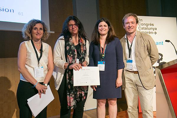 (segunda por la izquierda) Doctora María Isabel Pividori Fuente: Dra. Pividori