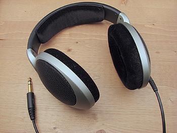 Auriculares Autor/a de la imagen: Adamantios  Fuente: Viquipèdia