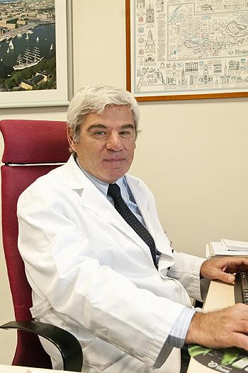 Doctor Alfredo Adán Fuente: Dr. Adán