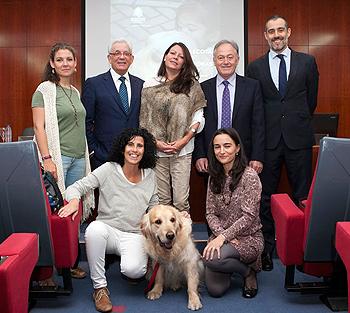 Ponentes de la jornada 'Las mascotas como promotoras de salud', organizada por el Colegio Oficial de Veterinarios de Madrid, donde se ha puesto de manifiesto los beneficios que las mascotas pueden aportar a la salud humana Fuente: Servimedia