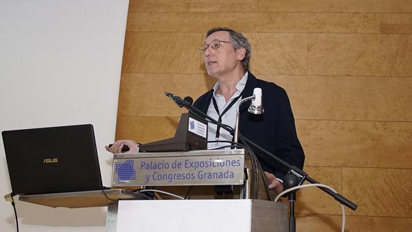 Doctor Domingo Orozco  Autor/a de la imagen: Enric Arandes Fuente: E. Arandes / www.farmacosalud.com