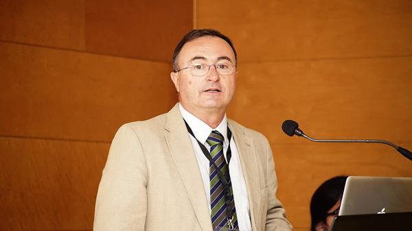 Doctor Jacinto Fernández Pardo  Autor/a de la imagen: Enric Arandes Fuente: E. Arandes / www.farmacosalud.com