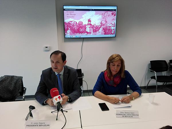 Doctores Julian Segura y Teresa Gijón Fuente: SEH-LELHA /  Servimedia