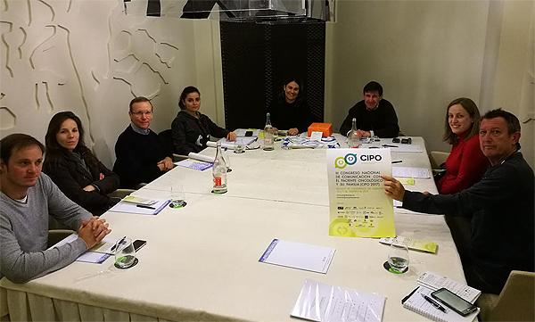 Una de las reuniones de preparación del Comité Organizador del Congreso Fuente: Dr. Elías García Grimaldo