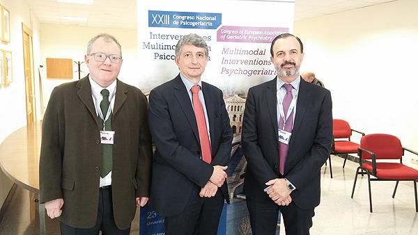 Doctores José Ignacio Mendezona, Luis Agüera y Jorge Pla Fuente: Docor Comunicación