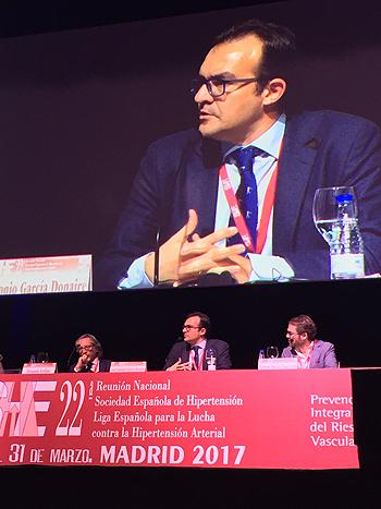 Doctor José Antonio García Donaire Autoría de la imagen y fuente: www.farmacosalud.com