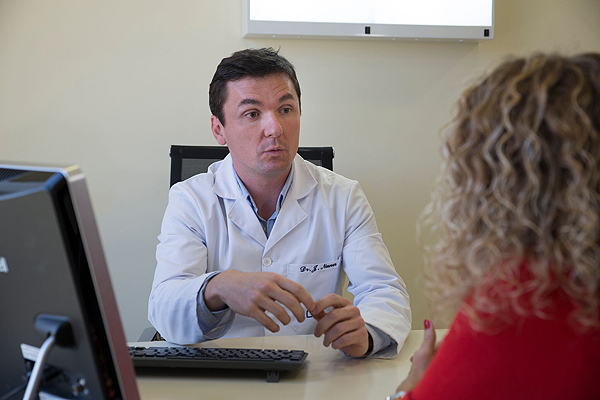 Doctor Jonas Nunes Fuente: Centro Médico Teknon / Grupo Quirónsalud