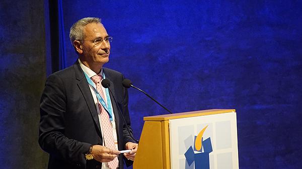 El doctor Rafael Sánchez Borrego interviniendo en el workshop Autor/a de la imagen: Enric Arandes Fuente: E. Arandes / www.farmacosalud.com (Curso DIATROS)