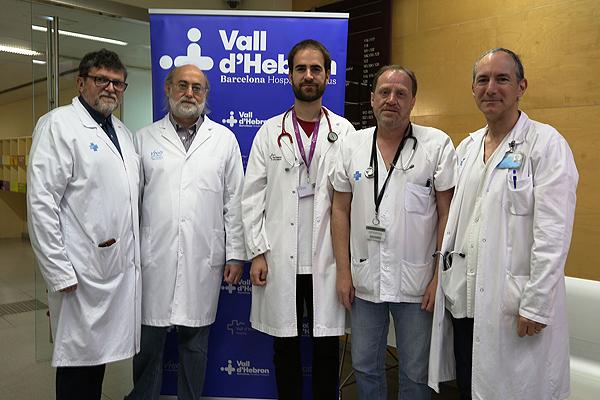 Doctores Joan Gavaldà, Francesc Canals, Ibai Los Arcos, Francesc Moreso y Óscar Len Fuente: Hospital Universitario Vall d'Hebron