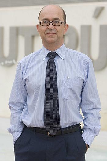 Doctor Javier Díez Fuente: Gentileza de FISABlO-Salud Pública Difusión: Sanofi