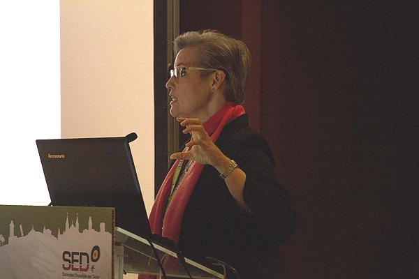 Profesora Raquel Abalo Fuente: Congreso SED / Berbés Asociados