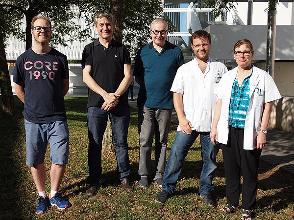 (de izq. a dcha): Pau Puigdevall, Robert Castelo, Dr. Joaquim Gea, Dr. Sergei Pascual-Guàrdia y Dra. Carme Casadevall  Fuente: Hospital del Mar