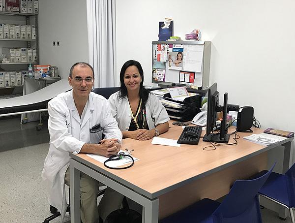 Doctores Onofre Alarcón e Inmaculada Alonso Fuente:  Dra. Alonso / Hospital Universitario de Canarias