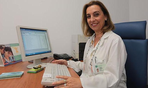 La Dra. Isabel Ramírez, vocal de la AEEM y médica de Atención Primaria, también ha participado en las respuestas de la entrevista Fuente: AEEM