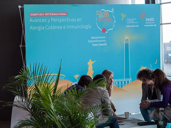 Asistentes al encuentro científico Autor/a de la imagen: Enric Arandes Fuente: E. Arandes / www.farmacosalud.com