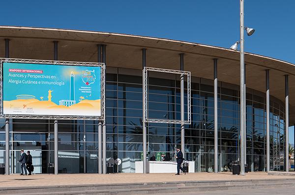 La sede del Simposio, el centro de convenciones ExpoMeloneras Autor/a de la imagen: Enric Arandes Fuente: E. Arandes / www.farmacosalud.com
