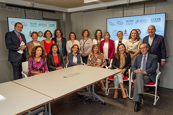 Representantes de todas las sociedades y asociaciones que respaldan el proyecto Fuente: Sociedad Española de Cardiología (SEC)