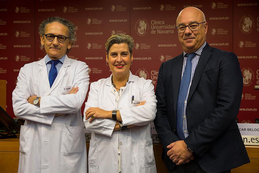 (de izq. a dcha) Drs. Óscar Beloqui, Ana Patiño y Luis Izquierdo Fuente: Clínica Universidad de Navarra