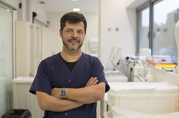 Dr. Eduard Espinet Fuente: Grupo Quirónsalud / Hospital Universitario Dexeus