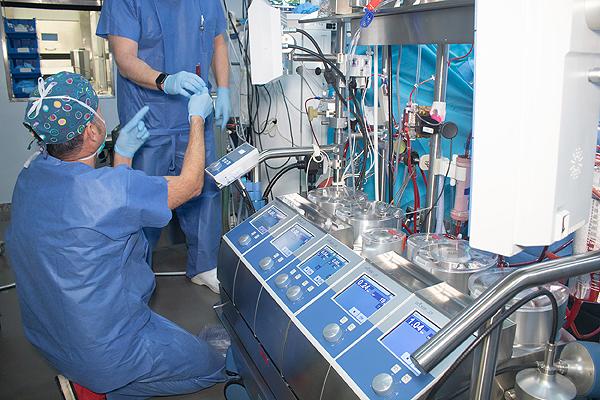 Vista del laboratorio móvil Fuente: Hospital Universitario Virgen del Rocío