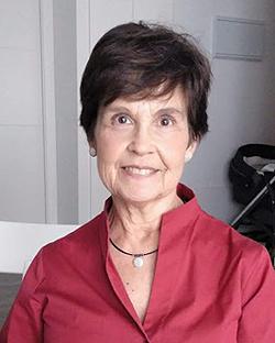 Profª Carmen Martín Salinas Fuente: Profª Martín Salinas / AdENyD