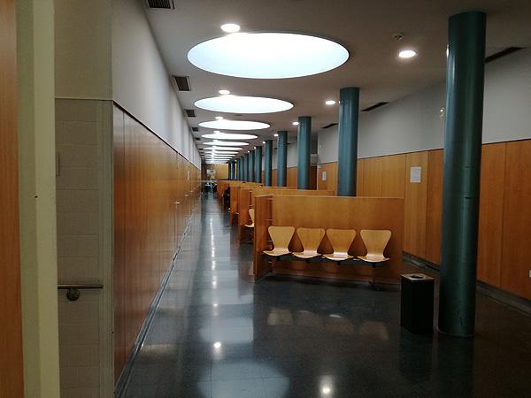 Una sala de espera de un equipamiento sanitario Autor/a de la imagen: Enric Arandes Fuente: E. Arandes / www.farmacosalud.com